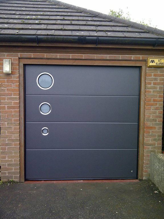Your garage door repaired in nottingham derby and leicester for Garage doors uk